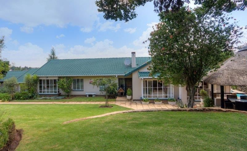 5 Bedroom House For Sale in Bergbron